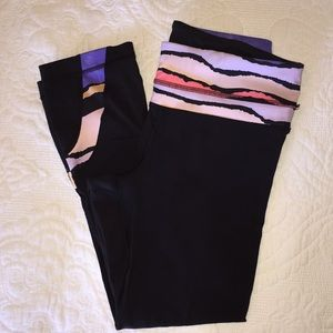 Lulu Capri leggings